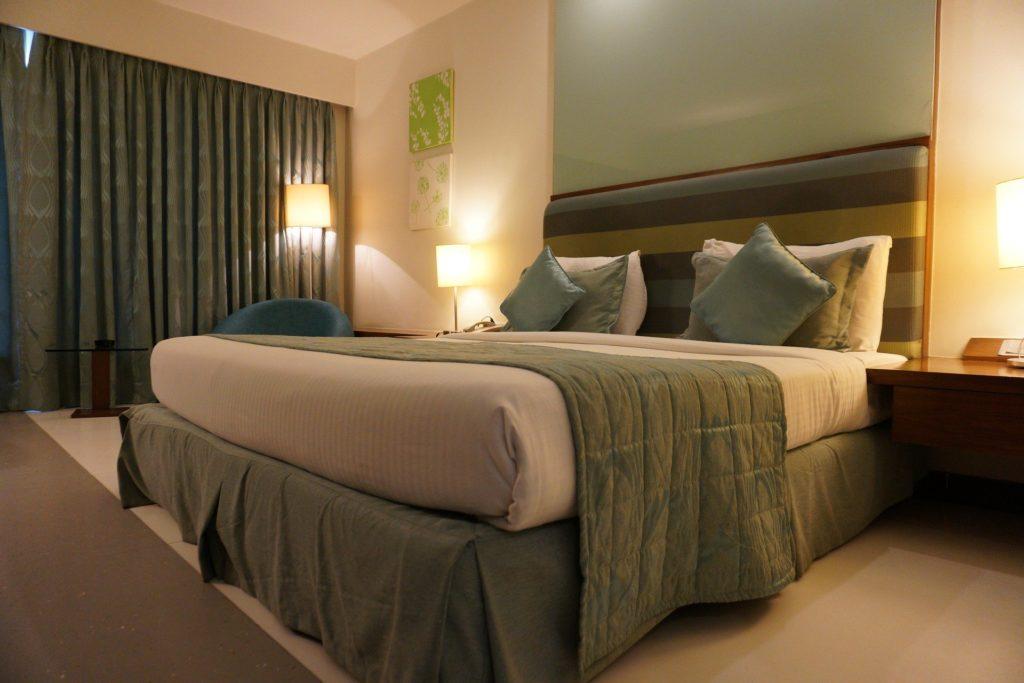 寝室の風水で未来を変える!照明を使った快眠と運気アップの秘訣