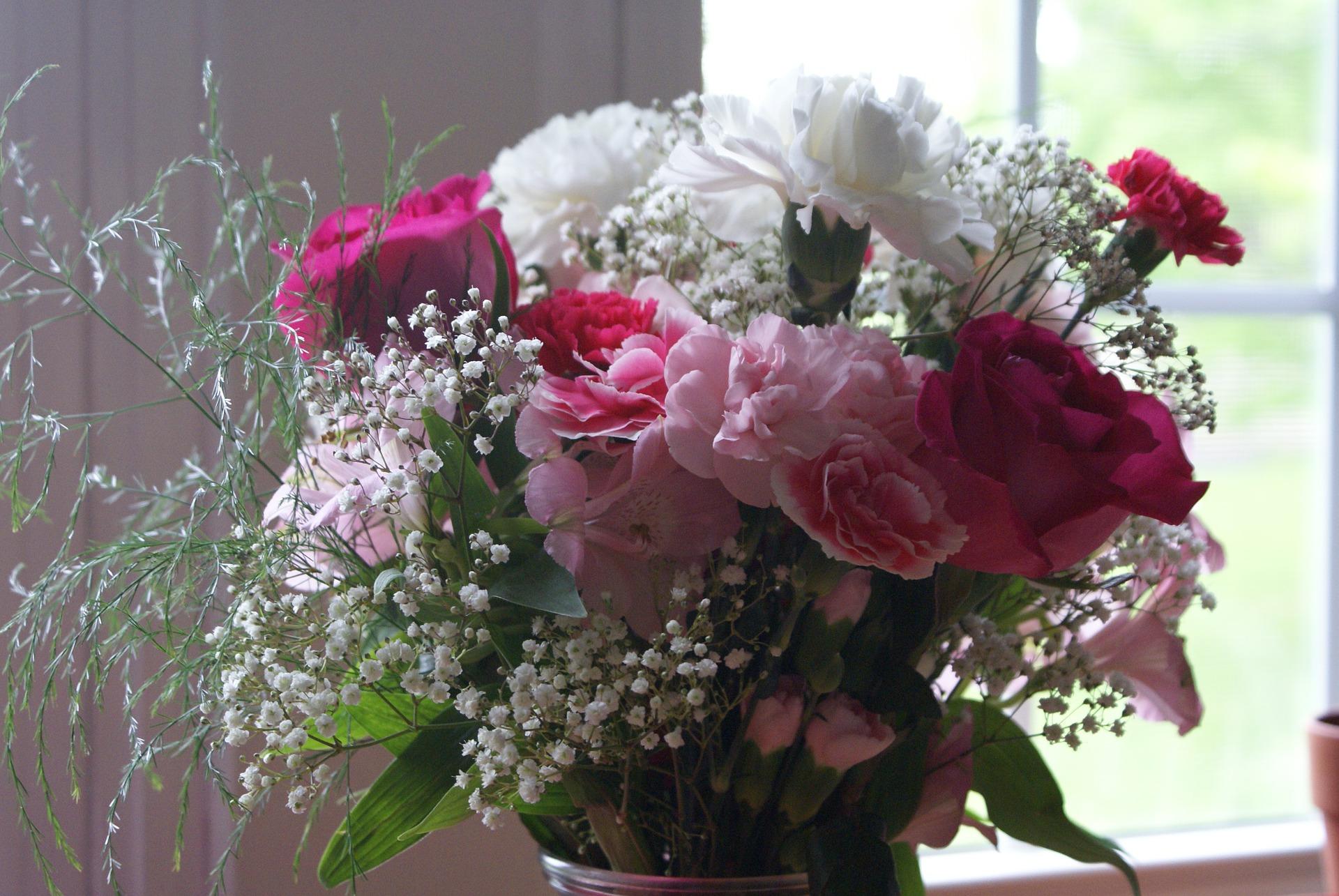 幸運を呼びこむ生花を飾りましょう~植物は場のエネルギーを活性する~